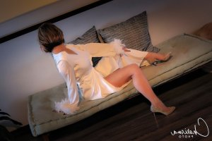 Aurelane escort girls in Mount Vernon