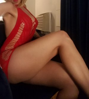 Zelie shemale escort girl