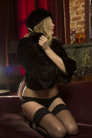 Gemina escort girls in SeaTac